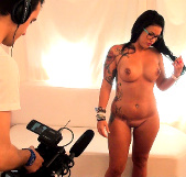 Tetona española debuta en el cine porno