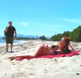 Ligando en la playa con una portuguesa ardiente
